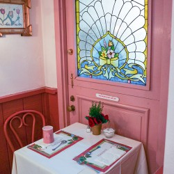 Cozy Dining at the Cottage Restaurant